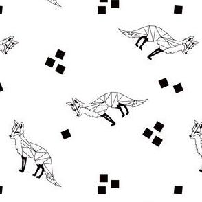 Geo Fox Toss in Black + White
