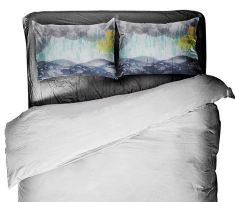 Fishes don't mind the Rain Pillowcase