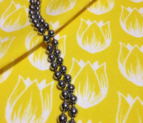 Doodle Tulip (White on Yellow)