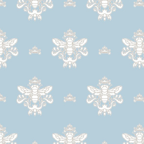Royal Bumble Bee in Blue and white