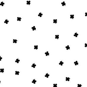 Clover Dots - Black & White