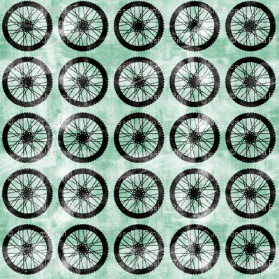 wheel || green - motocross dirt bike