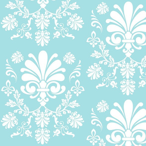Essence 10- sky white