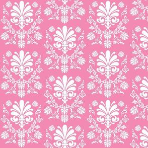 Essence 525 -  rose white