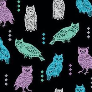owltastic in black