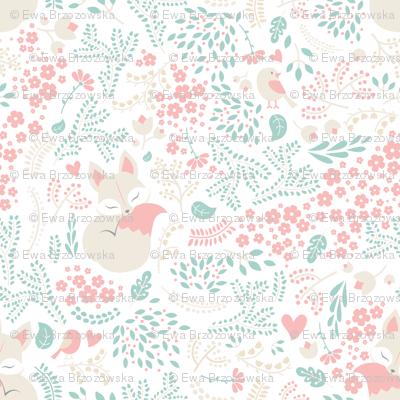 Sleeping Fox - white peach mint