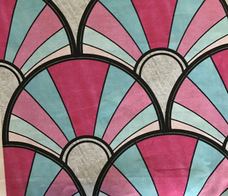 Flowing Art Deco Fan in Blue and Pink