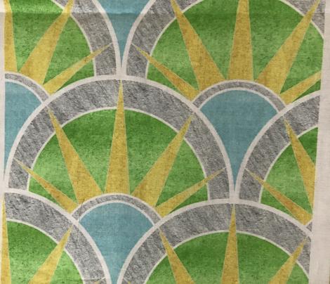 Fancy Fan Pattern in Green and Silver