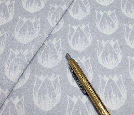 Doodle Tulip - Gray