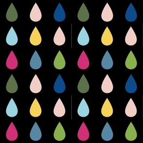 Raindrops_simple_multi_on_black_spring_17