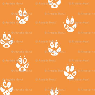 orange fox paw print