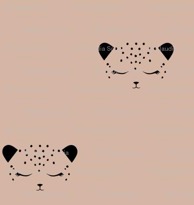 Cheetah - Almond