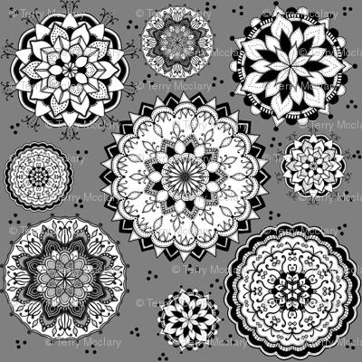 Mandala Monochrome