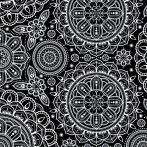 black___white_Mandalas