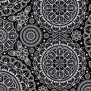 black___white_Mandalas