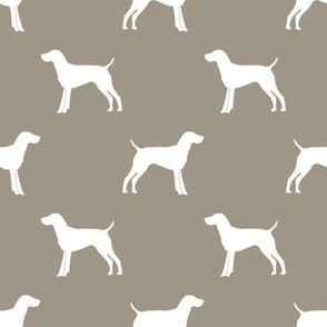 German Shorthair Pointer dog silhouette med brown