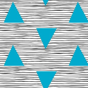 Painted_stripe_with_aqua_triangles