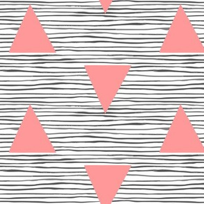 Painted_stripe_with_pink_triangles