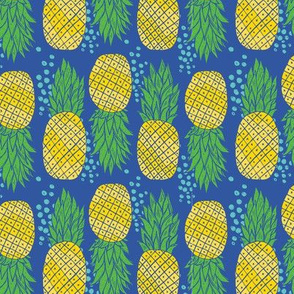 Pineapples with blue dots 2