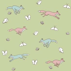 Foxy_Romp_green