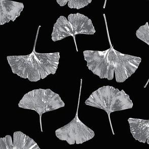 Ginkgo Leaves, Black