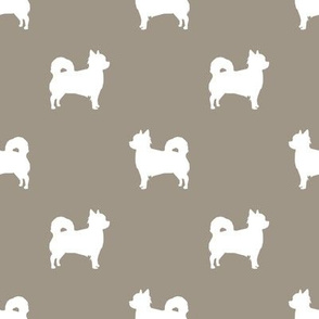 Chihuahua longhaired silhouette dog breed pattern med brown