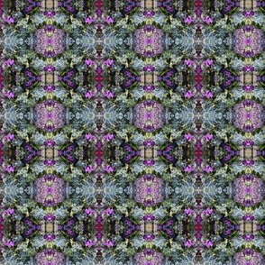 DSCN1740_Blue___Purple_Abstract_Floral_Pattern