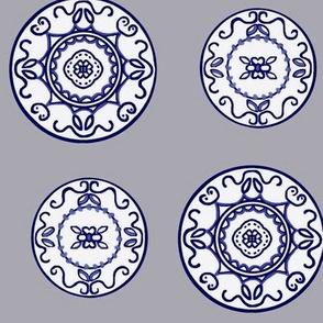 Flow Blue - Grey/blue/white/plates