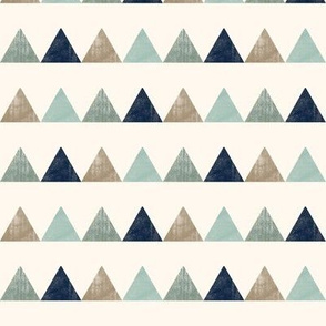 textured triangles (navy)