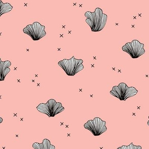 Shell and coral deep sea ocean basic scandianvian style design pink