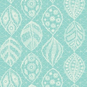 Lace Leaves - Ivory, CATurq