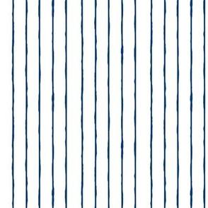 swim lane stripe in white/navy -vertical
