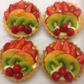 Mixed small fruit tart