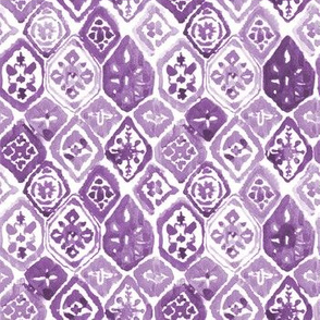 "8"" Lilac Shibori / White Background"