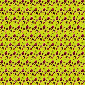 Moo_Fruity_Pattern_Intense_Yellow