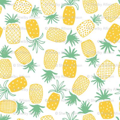 Pineapple Print (Medium)