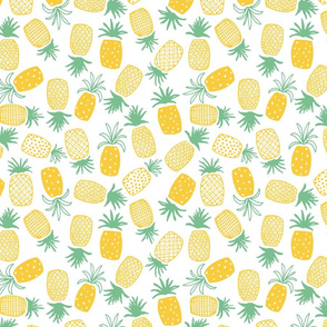 Pineapple Print (Medium)