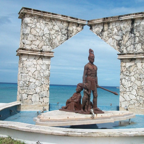 Cozumel Shore and Statue