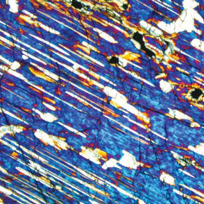 Thin section / blue lines minerals