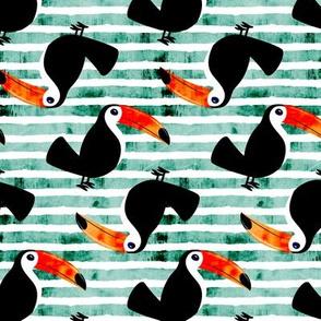 toucan - green (standing)