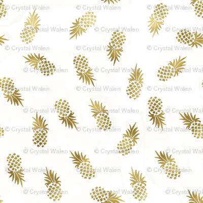 Gold Pineapples Toss custom