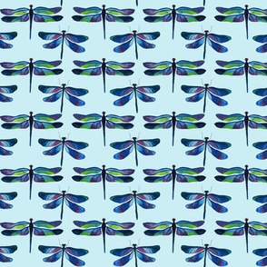 dragonflies_on_green