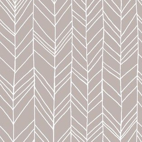 Featherland Soft Brown/White