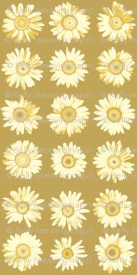 golden daisy dots