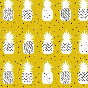 Geometric pineapples - corn yellow tropical fruit