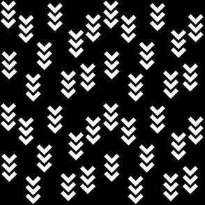 SouthWestern Arrows W+B