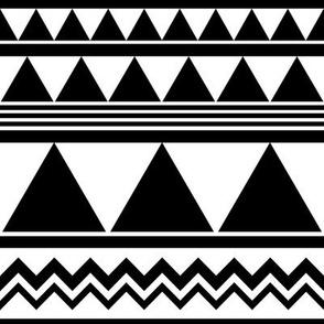 SouthWestern Geometric B+W