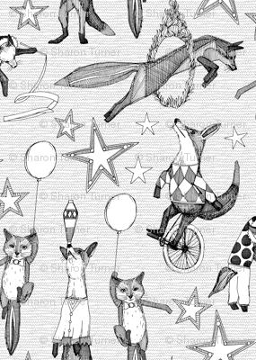 foxy circus black white