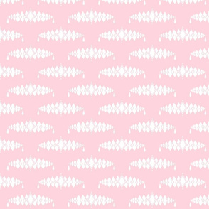 Diamond Broach Damask- Light Pink