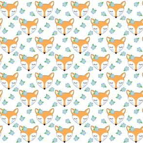 small foxes-with-forget-me-nots
